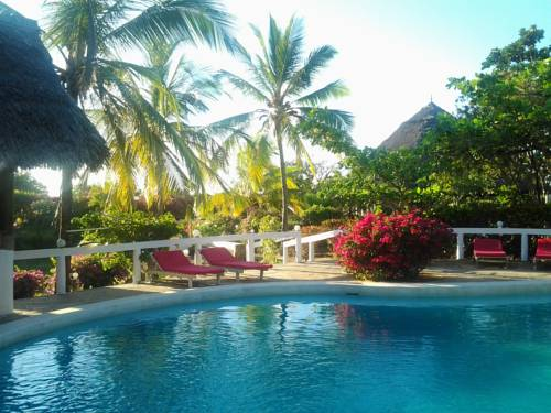 Best beachfront cheap hotels with swimming pool in kenya - Cheap hotels in aberdeen with swimming pool ...