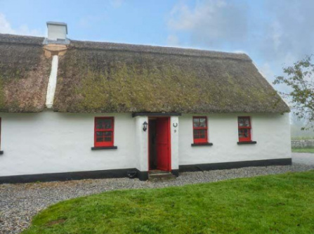 No. 9 Tipperary Thatched Cottages, Nenagh