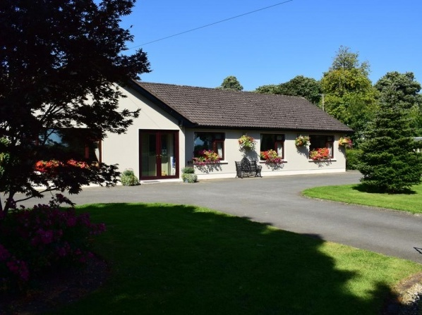 Louth Hall Bed and Breakfast