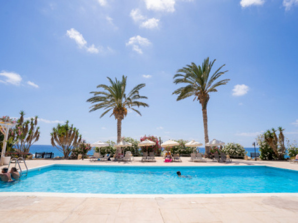 Vrachia Beach Hotel & Suites - Adults Only